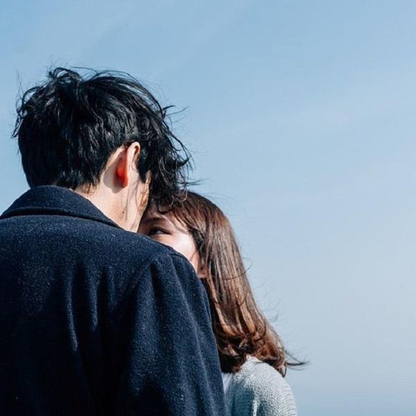 Cách nhận biết chàng thích bạn hơn mức bạn bè chuẩn 100%