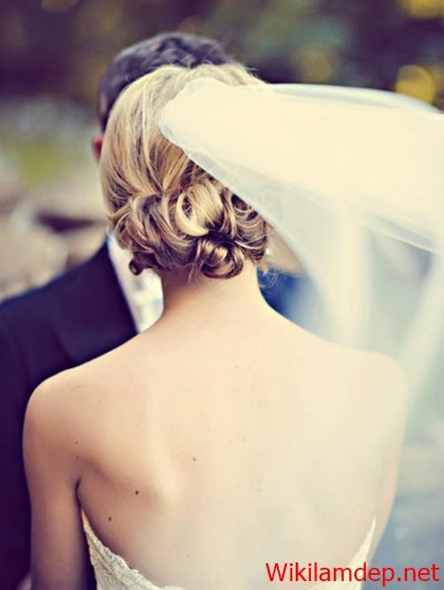 Những kiểu tóc búi cô dâu đẹp ngọt ngào và lãng mạn nhất ngày cưới